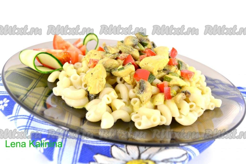 Рецепт пасты с курицей и грибами в сливочном соусе с сыром