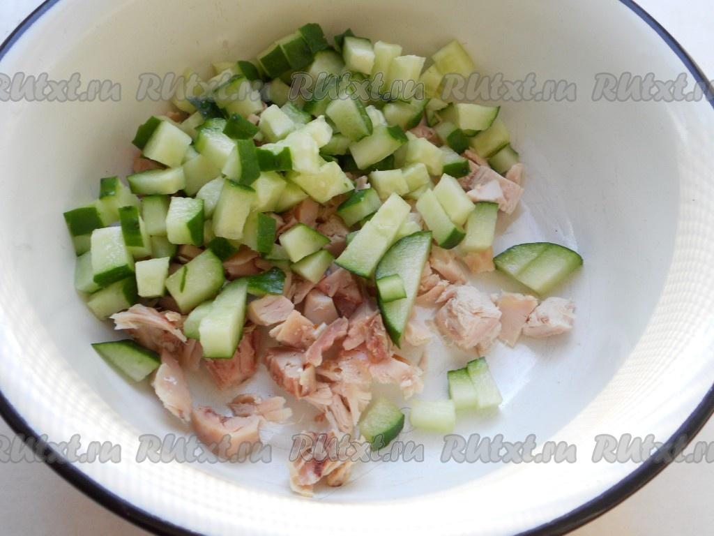 салат болгарский с курицей рецепт с фото