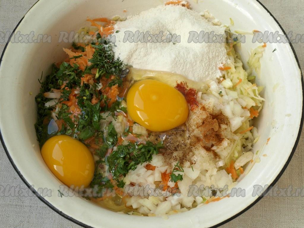 кабачковые оладьи с морковью рецепт с фото