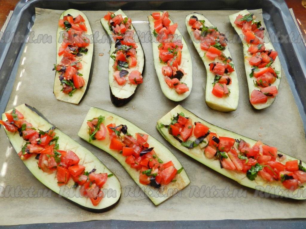 рецепт баклажанов запеченных с помидорами в духовке