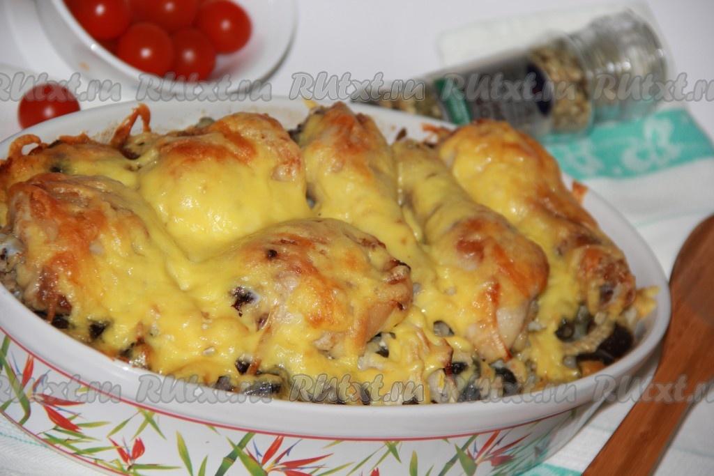 курица в духовке с картошкой и грибами сыром