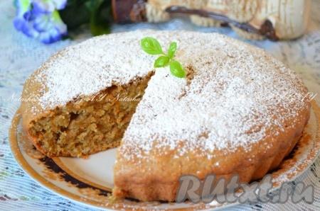Теперь можно его нарезать на кусочки и ставить чай. Ароматный пирог с тыквой и яблоками удивит вас прекрасным вкусом.{amp}#xA;