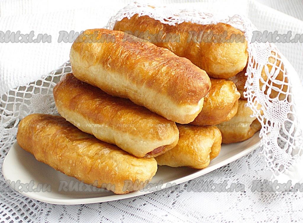 Жареные пирожки с сосиской в тесте