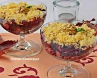 Салат из свеклы с плавленным сыром и чесноком - рецепт с фото