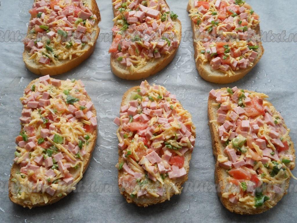 лаваш с помидорами и колбасой в духовке рецепт