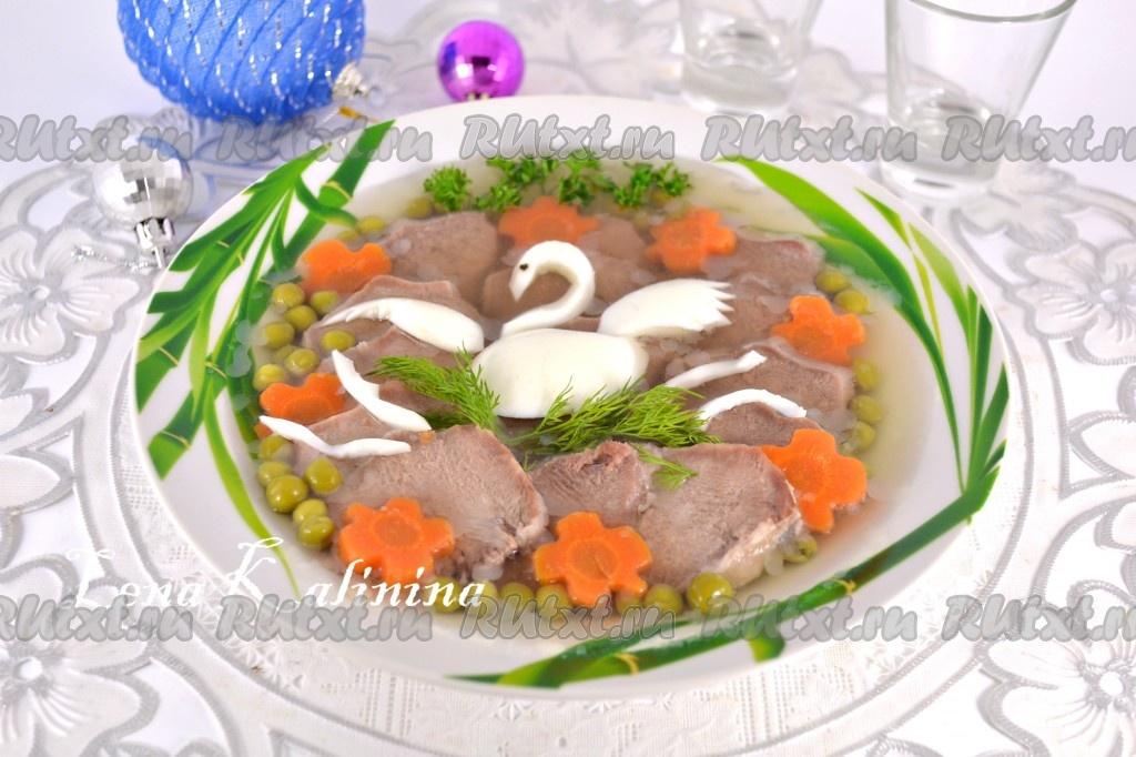 Приготовить суп на курином бульоне с лапшой