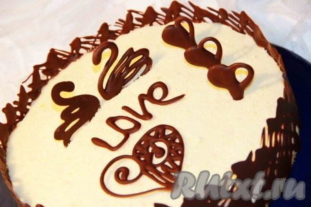 """Верх торта украсить по желанию. Йогуртовый торт """"Персиковое наслаждение"""", приготовленный без выпечки, получается очень вкусным, нежным."""