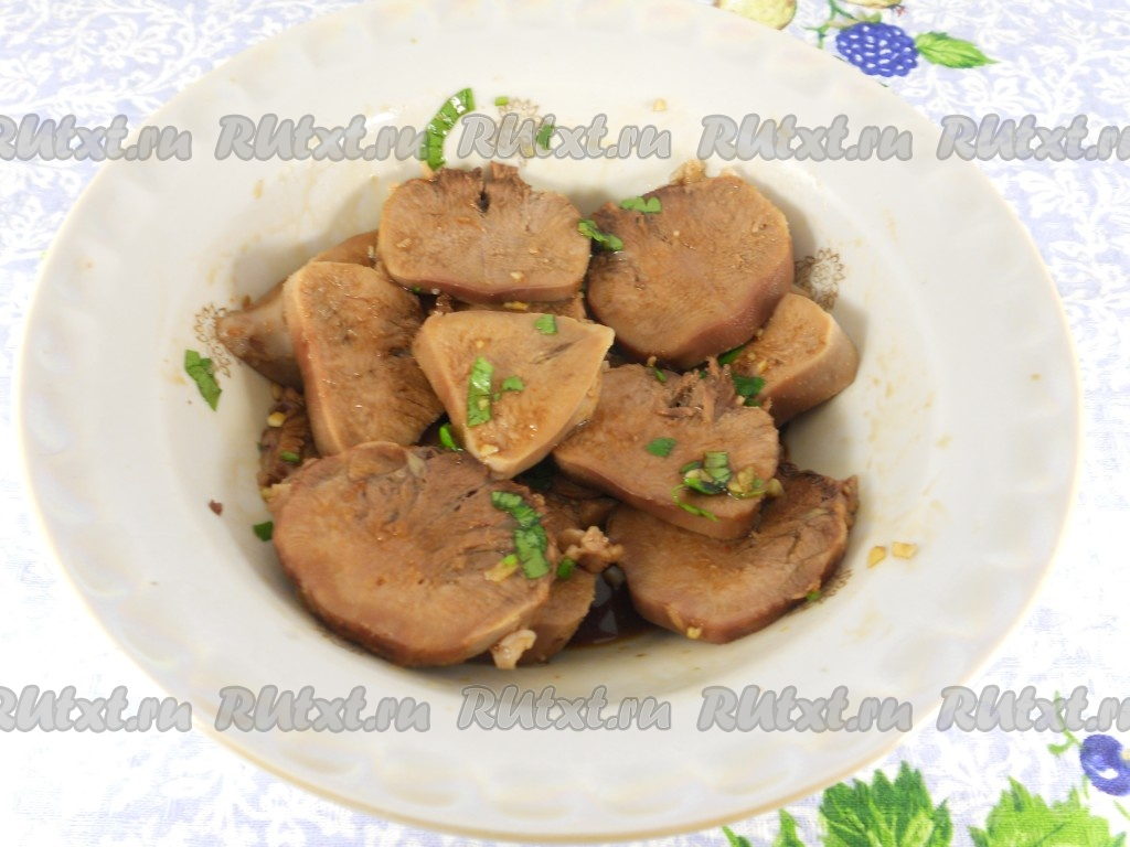 Макароны с курицей и грибами и сыром в духовке рецепт