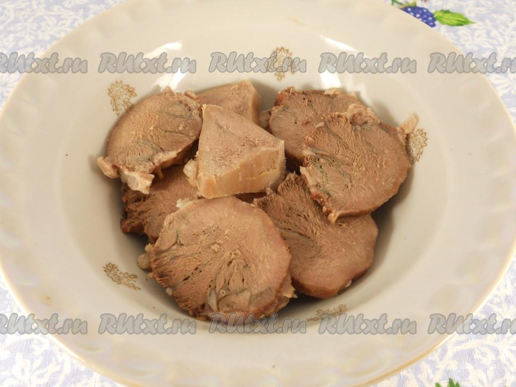 Как готовить говяжий язык рецепт с фото пошагово