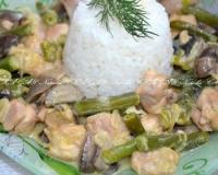 курица с сушеными грибами в сметанном соусе рецепт с фото