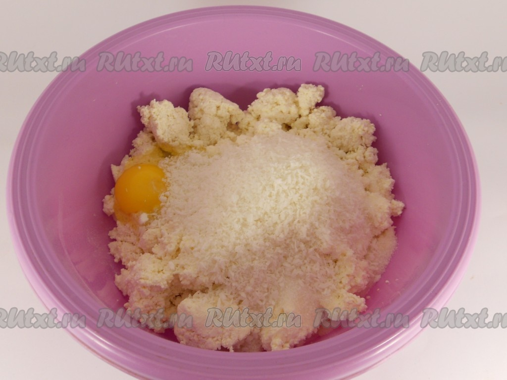 рецепт творожных сырников с изюмом в духовке