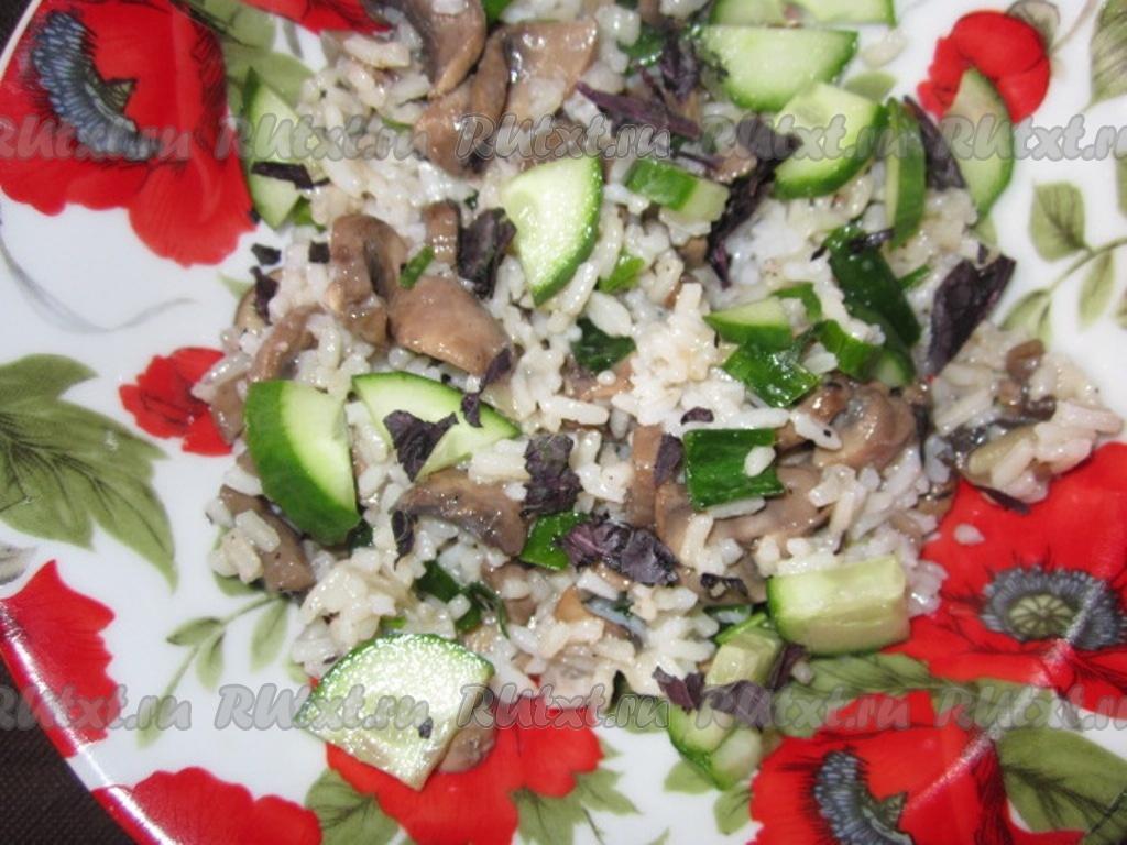 весенний салат с огурцом рецепт с фото
