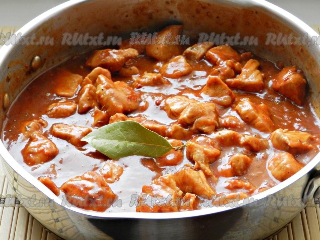 Тушеная свинина в густом соусе с макаронами: простой рецепт новые фото