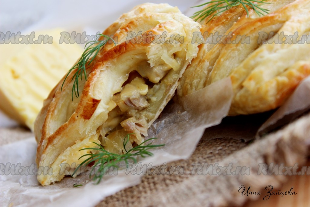 Слойки с сыром и курицей рецепты