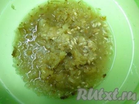 Суп с солеными огурцами и колбасой