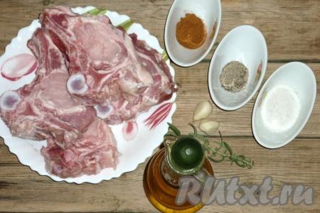 Ингредиенты для приготовления свиной котлеты на кости