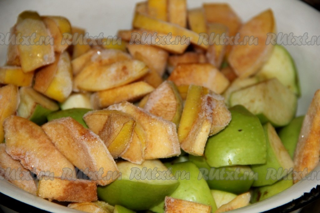 Рецепт кусочки утки с яблоками в духовке