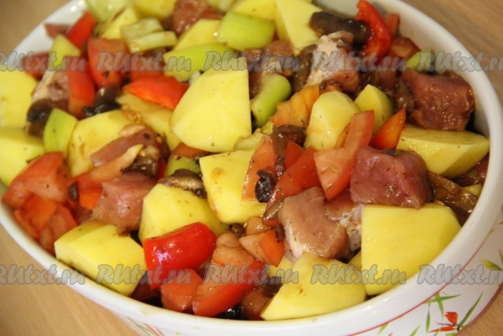 Свинина с овощами в духовке рецепты
