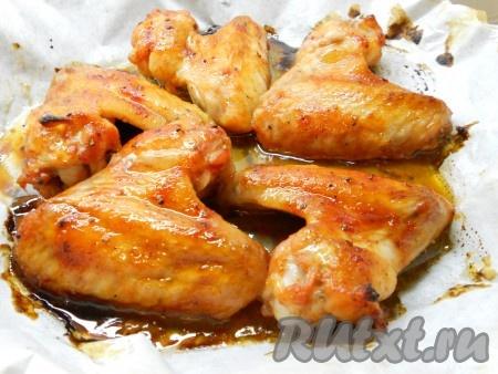 Запекать в разогретой духовке 30-40 минут при температуре 180 градусов.