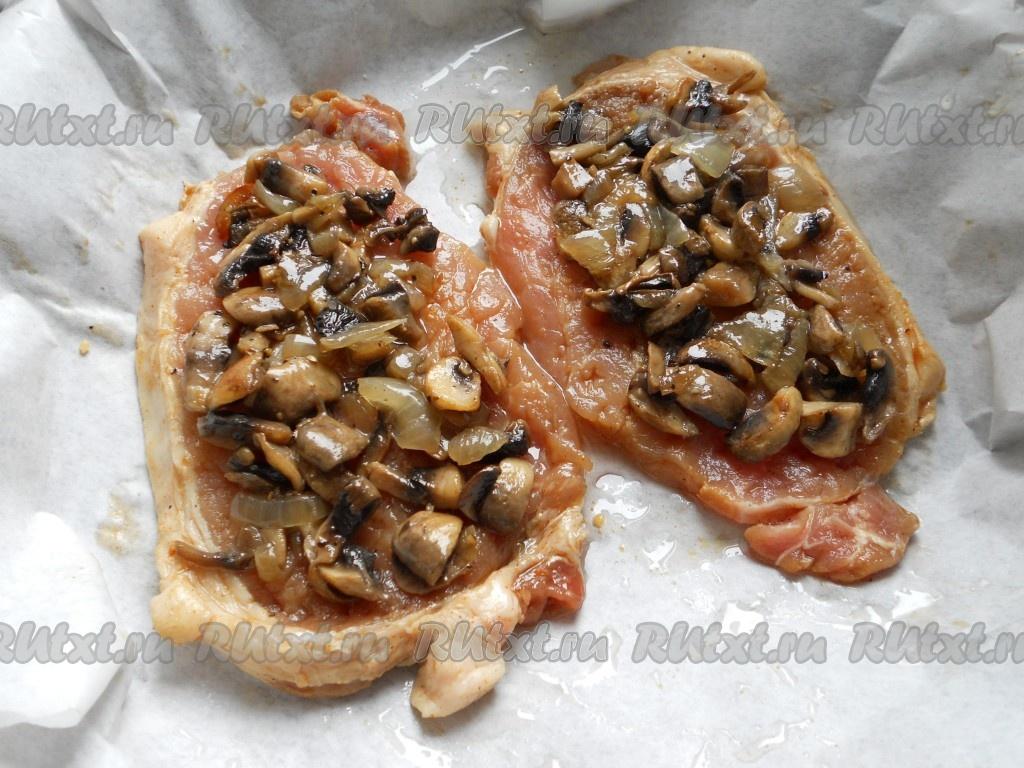 стейк в духовке с грибами и сыром в духовке