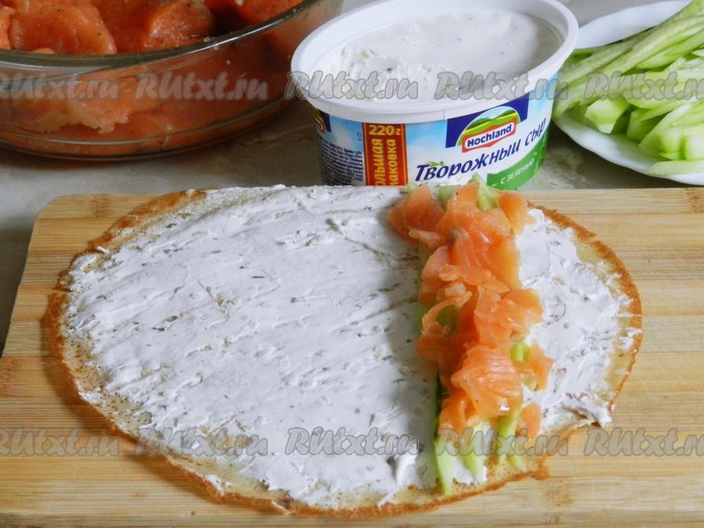 Рецепт лаваша с рыбой и творожным сыром и огурцом